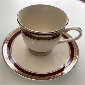 Pickard China Chateau Pattern 9 Teacups & Saucers